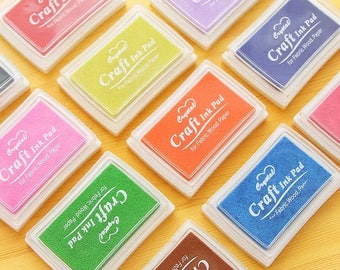 Brightly coloured ink pads in 8 colours