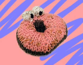 Donut Buddies - Rosy Rosquilla - Hand Knit Plush Pillow