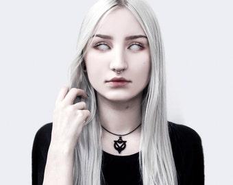 Amulet of Possession Choker in Black