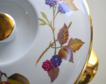"Royal Worcester Evesham Gold Round Covered Vegetable Dish 6.5"" Paper Tag Still On Bottom"