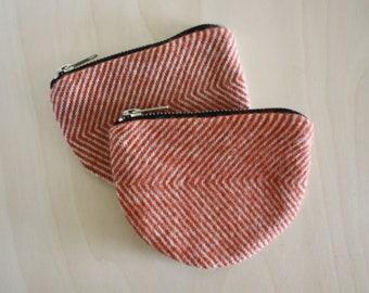 Wool Wallet / Coinpurse / Zipper Pouch in Brick Red Herringbone / Wool Coinpurse by True Having