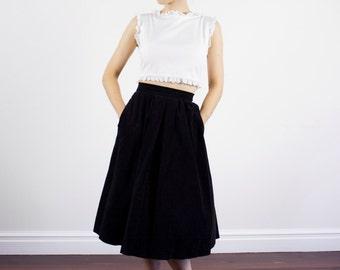 Vintage 1950s Black Velvet Full Skirt / High Waist / Pleats / CANDI JONES California / XS