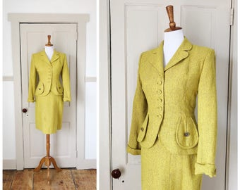 An Icon 1940s Fitted Chartreuse Wool Peplum Jacket & Skirt Set/Suit Set with Rhinestone Button Details
