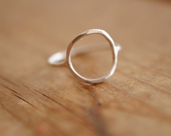 Circle Ring | Sterling Silver