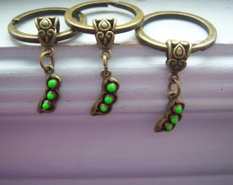 Peas In A Pod Keychains-Three Peas In A Pod Keychains-Best Freind Keychains-Mom And Daughters Keychains-Sisters Pea Pod Keychains-Free Gift