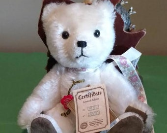"""Beautiful 8"""" White Mohair Hermann Limited Edition No. 43 of 2000 Teddy Bear"""