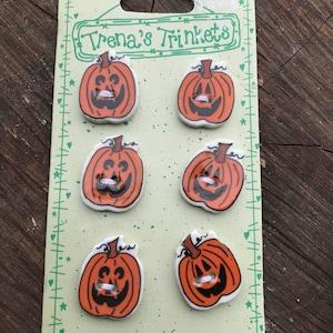 Vintage Ceramic Pumpkin Jack O'Lantern Halloween Buttons