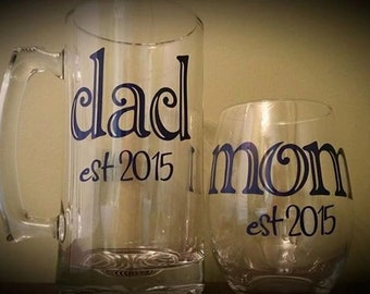 Dad Beer Mug & Mom Stemless Wine Glass SET; New Parent(s) Gift, His/Hers, Baby Shower Gift, Baby Gift, Expecting Parents; Pregnancy Reveal