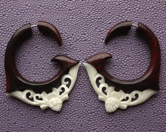 LANGYA - Fake Gauge Earrings - Natural Sono Wood and White Bone - Hand Carved Tribal Jewelry