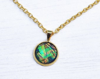 Gold necklace, gold pendant, green and gold, iridescent, colour changing, copper, green, blue