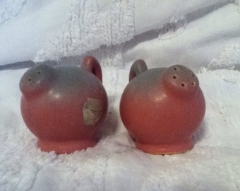 salt and pepper skakers pottery Niloak ozark dawn