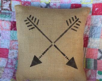 Pillow - lodge decor - western decor  - pillow gift - cabin decor - rustic pillow - Native American  - burlap pillow - rustic decor - rustic