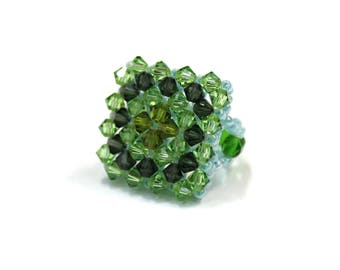 Swarovski Crystal and Pearl ring size unique elastic - Green