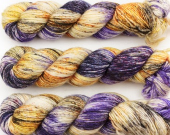 warrior DK singles hand dyed yarn merino wool speckled purple gold black 100g