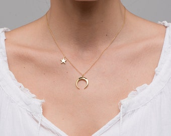 Gold Crescent Moon necklace/Luna necklace/Moon Necklace/Moon and star necklace