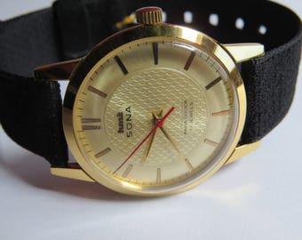 HMT vintage model winding wrist watch