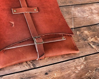 Leather Courier Bag / Leather Messenger Bag / Rustic Leather Ipad Sleeve / Buckle Bag / Leather Satchel / Rustic Leather Bag