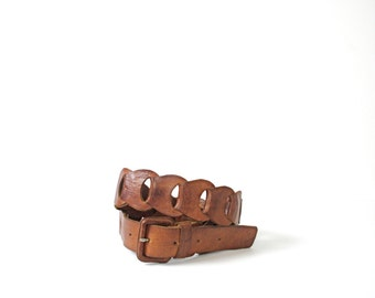 Vintage 70's brown leather belt, size medium