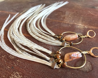 Natural Cream Feather Earrings, Gold Hoop Earrings With Rose Quartz Crystals Leverback Earrings, Feather Hoops