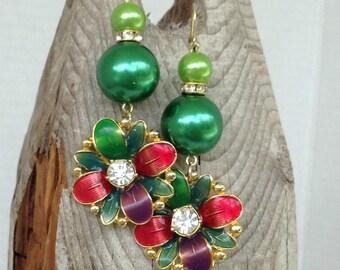 Emerald green and flower earrings