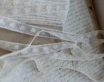 Antique Wedding Lace,  French Lace Tape, Valenciennes Lace Trim, Vintage Wedding, Period Costume, Dolls & Bears NOS