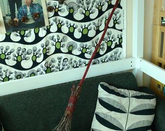 Witch Broom, Lrg 60-62 in Scarlet/Crimson