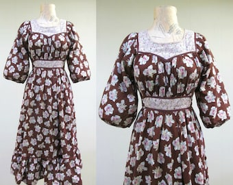 Vintage 1970s Dress / 70s Brown Cotton Floral Boho Laurel Canyon Midi Dress / Small