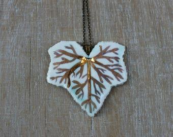 Gold ivy leaf necklace, botanical necklace, mom gift necklace, gold porcelain necklace, ceramic gold leaf necklace, gold ivy leaf pendant,