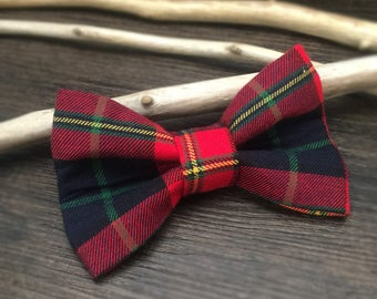 Jolly Plaid Dog Bow Tie, dog bowtie, holiday dog bowtie, dog bow tie, plaid dog bowtie, christmas dog bowtie, dog gift