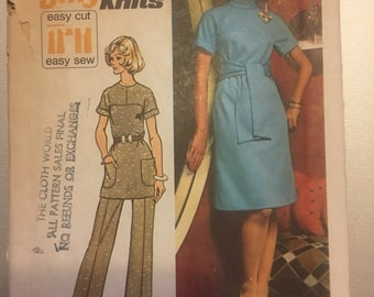 Vintage 70's Simplicity 5557 Dress Pattern-Size 16 (38-30-40)