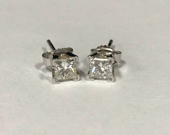 Beautiful 14k White Gold Princess Cut Diamond Stud Earrings