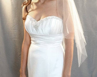 Wedding Veil, Handkerchief Veil with Crystal Drops, Bridal Veil