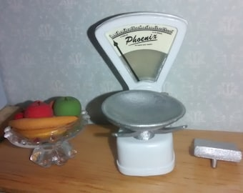 12th Scale dolls house Shop Scales