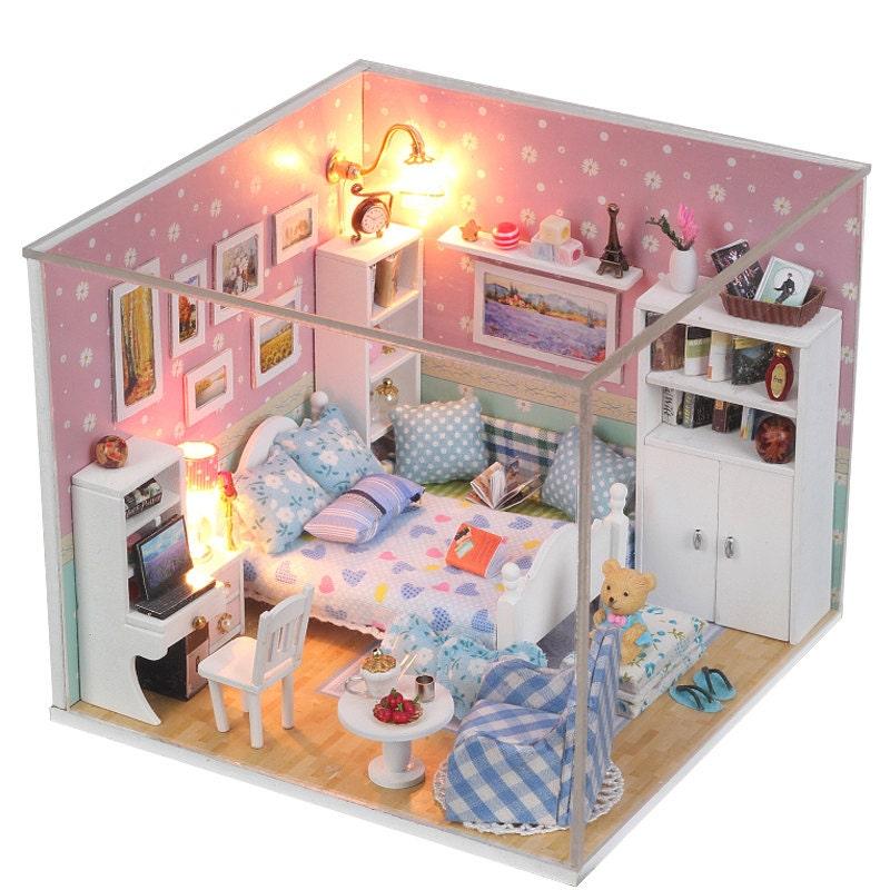 zoom DIY Dollhouse Miniature Handcraft Kit Birthday
