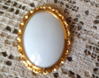 Cabochon oval porcelain brooch, 54x42mm, vintage