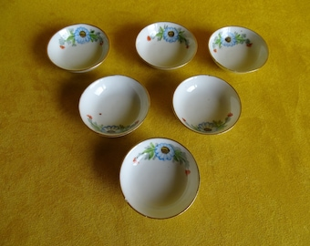 Chinese floral bowls