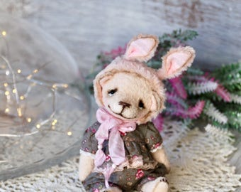 "Artist Teddy bear ""I dream of becoming a bunny"""