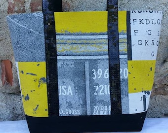 gorgeous fabric handbag yellow and black, grey interior fabric and black glitter.  40 X 28 X 15 cm