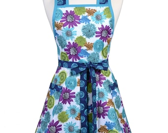 Womens Vintage Apron - Peacock Blue Teal Purple Floral Apron - Cute Retro 50s Style Kitchen Apron with Pocket - Over the Head Apron