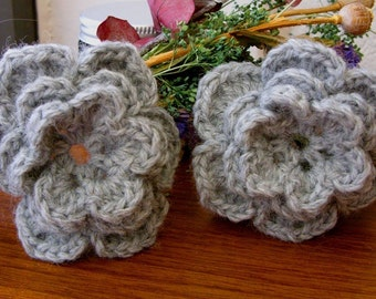 Gray Wool Flower Appliques - Gray Wool Rose Appliques - Gray Wool Flower Embellishments - Gray Wool Rose Embellishments - Crochet Flowers