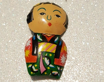 Very Cute Little Oriental Girl Pin Brooch Tin