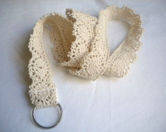 Lace lanyard, Lace ID badge holder, Lace keychain, Lace strap, Cream cluny lace, Creamy lace lanyard, Cream crochet lace, Feminine Lanyard