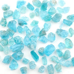 10gm Blue Apatite raw stones  - 50ct / appx. 15-35pc / appx. 5-12mm - chosen at random stone rough crystal mineral natural