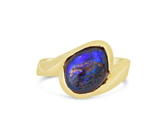 Opal One-of-a-Kind Handmade 14K Yellow Gold Ring (IND1076)