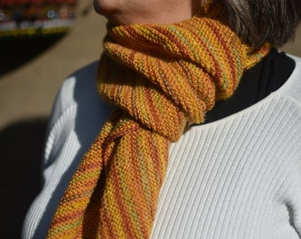 Autumn-banded Yellow Scarf