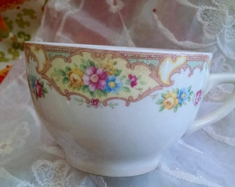 Stunning Edwardian cup with intricate floral design/cottage/shabby