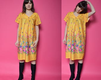 Vintage 80's Yellow Floral Dress /Oversized Floral Dress - Size Medium