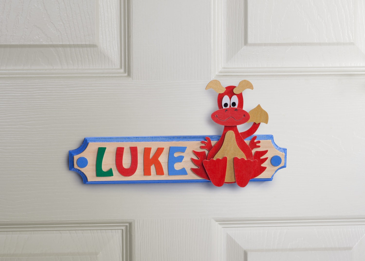 ?zoom & Dragon Personalised Name Plaque Wooden Door Sign with Rainbow