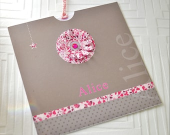 Make 10 part taupe and pink with small flower in relief, original and customizable