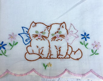 Vintage Crib Sheet, Adorable Kittens, Wonderful Condition